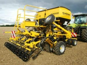 Claydon Hybrid T – Trailed Drills