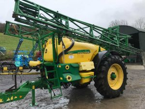 John Deere 732 Trailed Sprayer